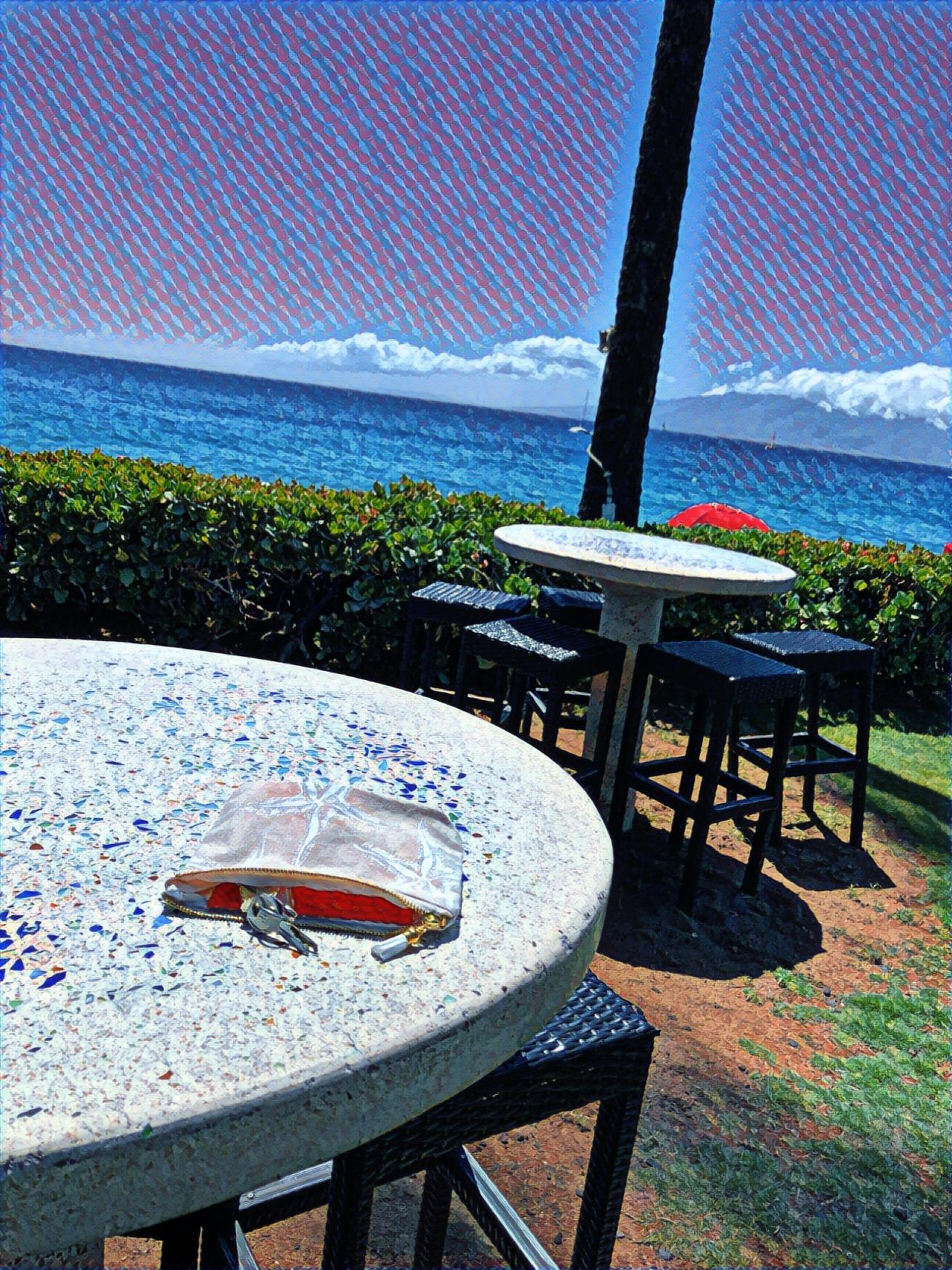 Royal Lahaina Beach Bar Seating